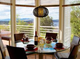 Isle of Views, Hobart