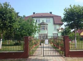 Éva Villa, Siófok
