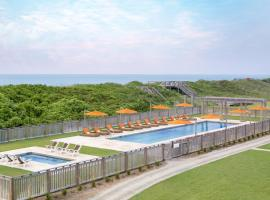 Sanderling Resort, Duck