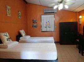 Prompimarn Villa Homestay