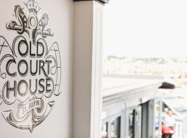 Old Court House Inn, Ст. Обин