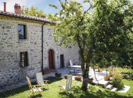 Three-Bedroom Holiday home Piancastagnaio SI with a Fireplace 06, Piancastagnaio