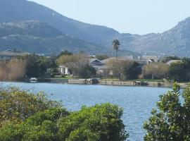 Otters Way Holiday Home, Noordhoek