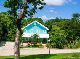 Casa Azul, Roatán