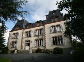 Le Chateau De Montmireil