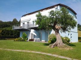 Casa Vacanze Al Mare a Pesaro, Πέζαρο