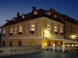 Offi Haz Hotel, Eger