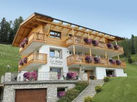 Apartments La Mana, Santa Kristina in Val Gardena