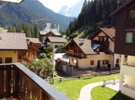 Des Alpestal, Canazei