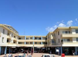 Bay Village, Shoal Bay