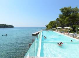 Crvena Luka Hotel & Resort, Biograd na Moru