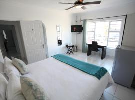 14 on Clifford Bed and Breakfast, East London