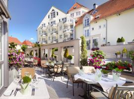 Hotel Traube am See, فريدريشهافين