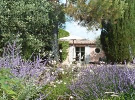 Holiday Home Pink House, Gordes