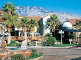 The Oasis Resort, Palm Springs
