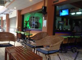 Mai Lu Si Guesthouse, Pattaya Central