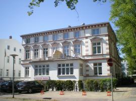 Haus Troja / Pension Katy, Warnemünde