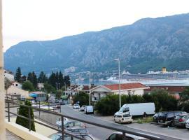 Art Hostel, Kotor