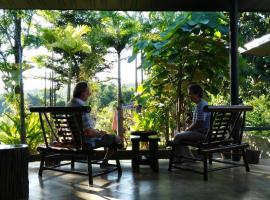 Bambuh Boutique Homestay, Ban Den