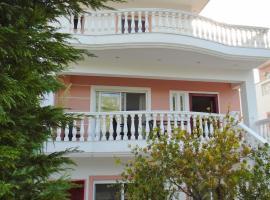 Villa Georgia, Loutráki