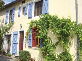Holiday home En Croux M-806