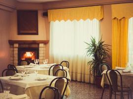 Hotel Moreno, Elche de la Sierra