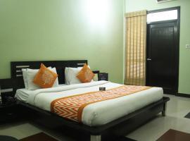 OYO Premium Corbett Near Dhikuli, Rāmnagar