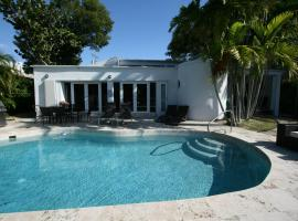 Tropical Villa, Bay Harbor Islands