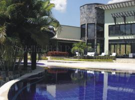 Spectacular Waterfront Villa near Medellín