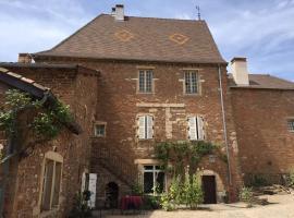 Le Vieux Château, Leynes