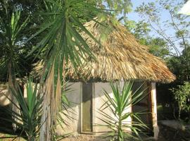 Chaya Maya Jungle Lodge, Teakettle Village
