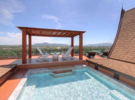 Penthouse Gallery Residence & Hotel, Chalong