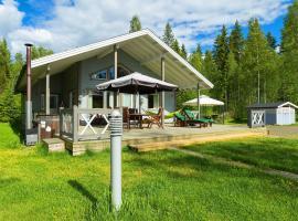 Villa Pilvilinna, Salajärvi