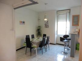 Apartment Ensoleillé Centre Nîmes, Nîmes
