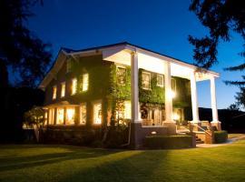 Warm Springs Inn & Winery, Wenatchee