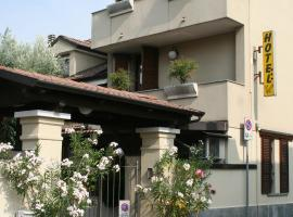 Hotel Rocco, Carugate