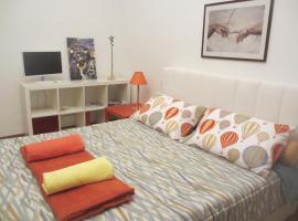 Suite Ponale, Milan