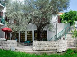Casa di Oliveto, Petrovac na Moru