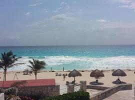Beautiful Condo Studio with Unique Seaview, Cancún