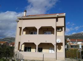 Apartment Romić, Kaštel Stari