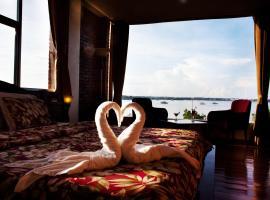 Marina de Bay Hotel Restaurant and Spa, Puerto Princesa