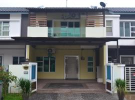 ZM Holiday Home, Gelang Patah