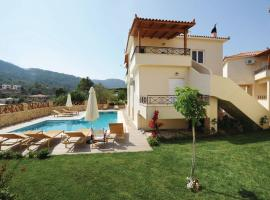Holiday Home Korfos; Korinthos with a Fireplace 01, Kórfos