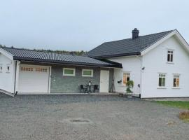 Holiday Home Skogbygda with a Fireplace 05, Fallet