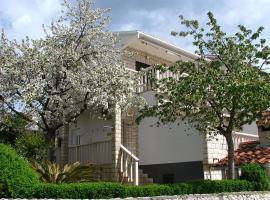 One-Bedroom Apartment Okrug Gornji near Sea, Ciovo