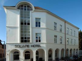 Square Hotel, Courtrai