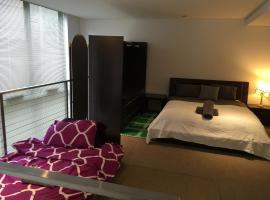 Darling Harbour Apartment