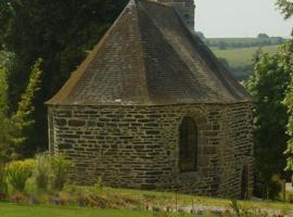 Gîte Atypique Dans Une Chapelle, Briec