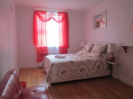 Queens Rego Park Three Bedroom, Kvīnsa