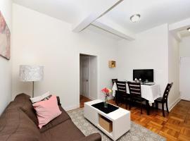 Columbus Circle 3 Bedroom Apartment